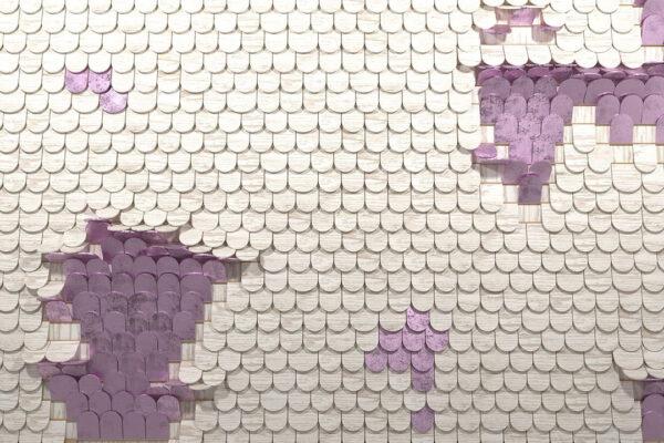 Kaufen Designer Fototapeten Sequin Beispiel holzig weiß lila | 3d tapeten